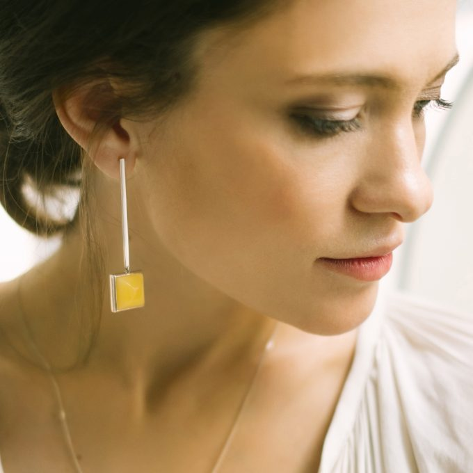 String & Square Silver Earrings with Amber