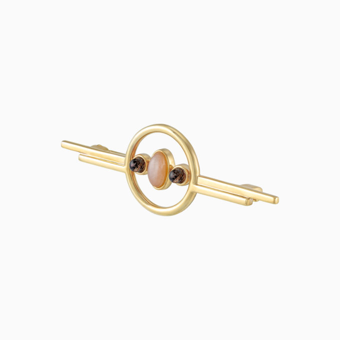 """Брошь Roma """"Vesta"""" из покрытого золотом серебра с дымчатым гелиолитом и розовым лунным камнем"""